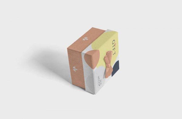 موکاپ جعبه کادو و هدیه با روبان رنگی